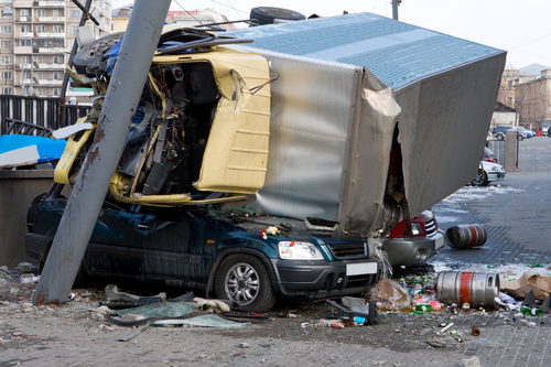 Image of truck accident showing one of the many deadly causes of truck accidents in Houston, TX